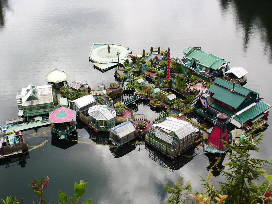 canadenses-constroem-casa-sustentavel_2