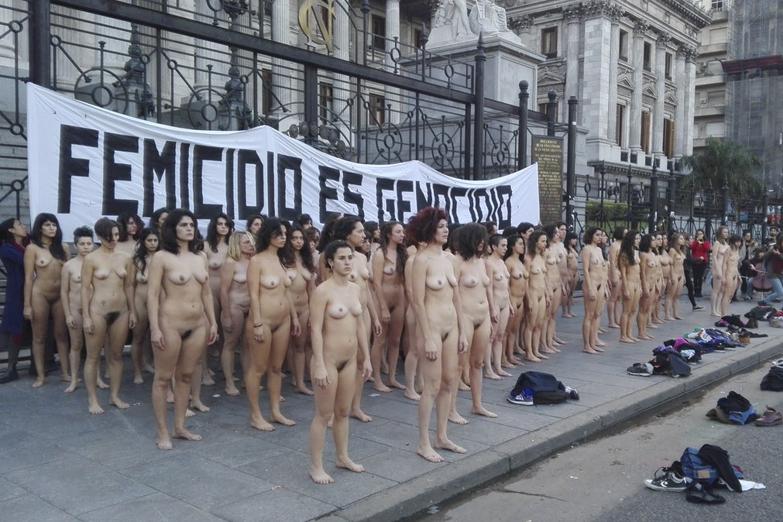 Télam 30/05/2017 Buenos Aires: Un grupo de mujres