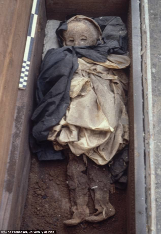 crianca-mumificada_1