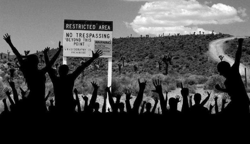 Pessoas querem invadir a Area 51 para descobrir alienígenas