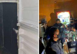 """Jovens usam geladeira falsa como """"passagem secreta"""" para entrar em bar clandestino em meio à pandemia"""